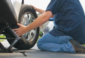 Roadside Assistance Agoura Hills - Flat Tire Change